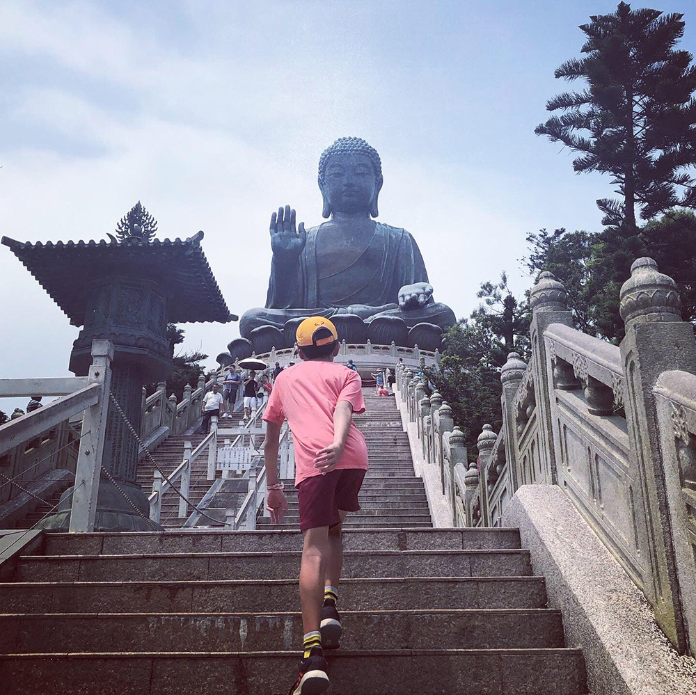 Oliver visits the magnificent Tian Tan Buddha (Big Buddha) in Hong Kong, one of the largest seated Buddhas in the world. August, 2019